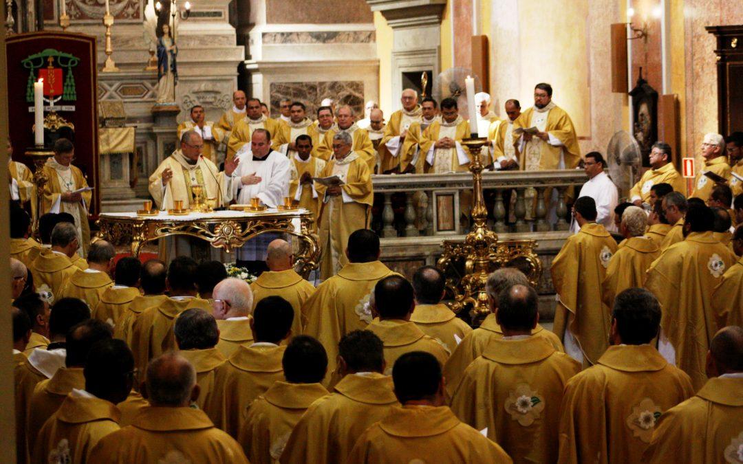 Começou as transferências e trocas de funções dos padres na Arquidiocese